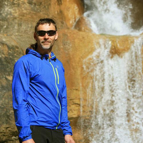 Rafa Peñafiel Ona. Mendi eta Arroila Gidaria. Guía de Montaña y Barrancos. Mountain and Canyon Guide.