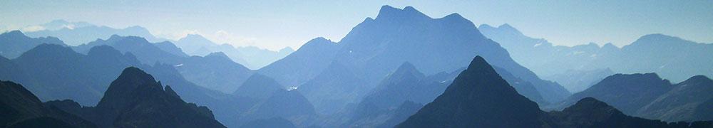 senderismo-trekking-euskadi-navarra-pirineos-deporte-aventura-guias-de-montana-mendi-gidariak-mountain-guides-5