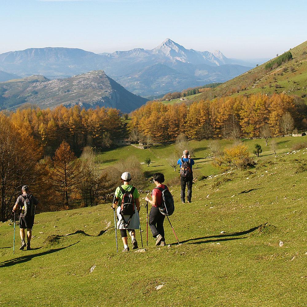 senderismo-trekking-euskadi-navarra-pirineos-picos-de-europa-marruecos-deporte-aventura-guias-de-montana-mendi-gidariak-mountain-guides-8
