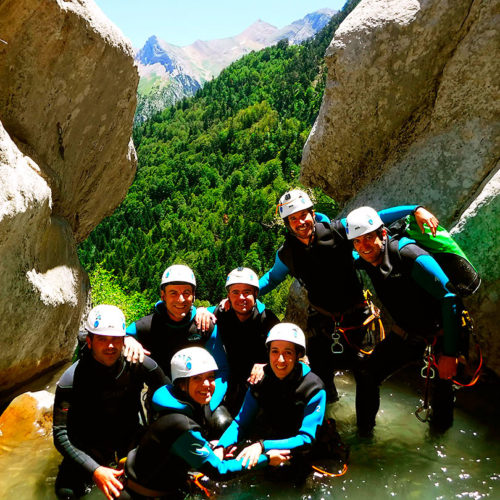 Estribiella-Descenso-de-cañones-barranquismo-valle-de-hecho-guías-de-montaña-y-barrancos-Mountain-and-canyon-guides-canyoning-Lurra-adventure-CABECERA