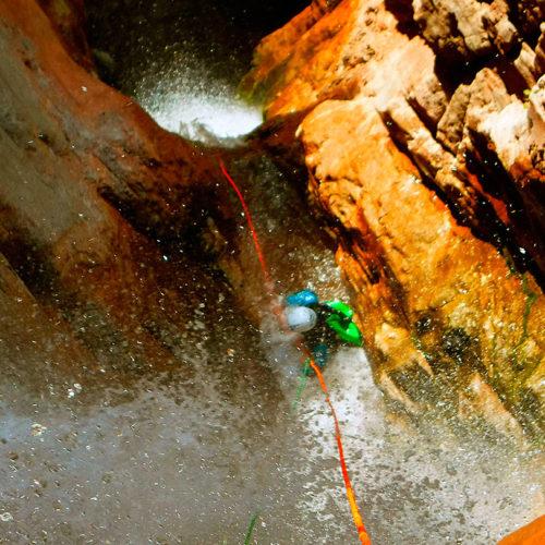 Barranco Jadin o Zapironcho-Descenso-de-cañones-barranquismo-valle-de-hecho-guías-de-montaña-y-barrancos-Mountain-and-canyon-guides-canyoning-Lurra-adventure-WEB-3