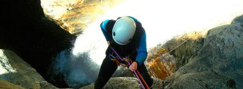 Barranco Gorgol, Valle de Tena. Barranquismo, Huesca. Descenso de Cañones Valle de Ossau, Francia. Guías de Barrancos. Canyoning in Valle de Hecho. Canyon Guides. Arroila Jeitsiera Ossauen, Arroila Gidariak.