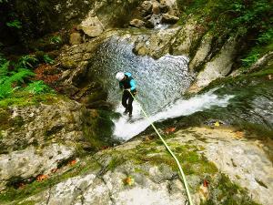 Barranco-Althagneta-Barranquismo-Descenso-de-cañones-Canyoning-Iparralde-Kakueta-Holtzarte-Navarra-Guías-de-Barrancos-Canyon-Guides-18