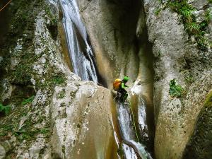 Barranco-Althagneta-Barranquismo-Descenso-de-cañones-Canyoning-Iparralde-Kakueta-Holtzarte-Navarra-Guías-de-Barrancos-Canyon-Guides-19