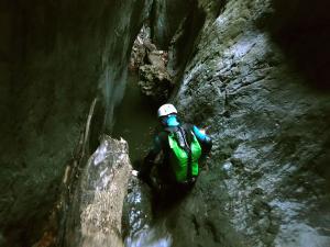 Barranco-Althagneta-Barranquismo-Descenso-de-cañones-Canyoning-Iparralde-Kakueta-Holtzarte-Navarra-Guías-de-Barrancos-Canyon-Guides-28