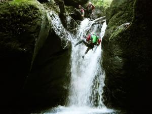 Barranco-Ardane-Phista-Kakueta-Barranquismo-Descenso-de-cañones-Canyoning-Iparralde-Kakueta-Holtzarte-Navarra-Guías-de-Barrancos-Canyon-Guides-1