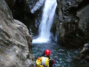 Curso de Aguas Vivas Barranquismo. Curso de descenso de cañones, Aguas Vivas.Guias profesionales de barrancos. Euskadi, Pais Vasco, Navarra, Pirineos-29
