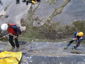 Curso de Autorrescate Barranquismo. Curso de descenso de cañones, Autorrescate.Guias profesionales de barrancos. Euskadi, Pais Vasco, Navarra, Pirineos-11
