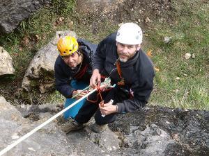Curso de Autorrescate Barranquismo. Curso de descenso de cañones, Autorrescate.Guias profesionales de barrancos. Euskadi, Pais Vasco, Navarra, Pirineos-14