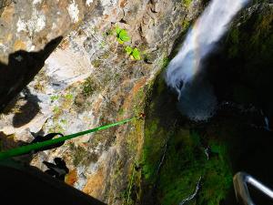 Curso de Grandes Verticales Barranquismo. Curso de descenso de cañones, Grandes Verticales.Guias profesionales de barrancos. Euskadi, Pais Vasco, Navarra, Pirineos-15