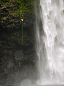 Curso de Grandes Verticales Barranquismo. Curso de descenso de cañones, Grandes Verticales.Guias profesionales de barrancos. Euskadi, Pais Vasco, Navarra, Pirineos-6