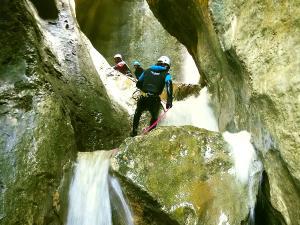 Barranquismo-Descenso-de-cañones-iniciación-canyoning-Descenso-de-Diblozulo-Navarra-Euskal-Herria-Pais-Vasco-Euskadi-4