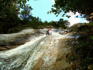 Barranco-Foz-de-la-Canal-Barranquismo-en-Sobrarbe-Ordesa-Bujaruelo-Aínsa-Canyoning-Guías-de-Barrancos-Canyon-Guides-17
