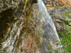Barranco-Foz-de-la-Canal-Barranquismo-en-Sobrarbe-Ordesa-Bujaruelo-Aínsa-Canyoning-Guías-de-Barrancos-Canyon-Guides-22