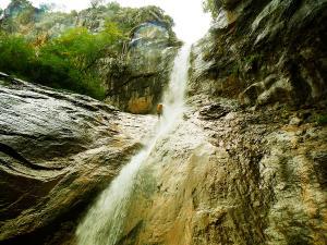 Barranco-Foz-de-la-Canal-Barranquismo-en-Sobrarbe-Ordesa-Bujaruelo-Aínsa-Canyoning-Guías-de-Barrancos-Canyon-Guides-4