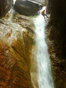 Barranco-Foz-de-la-Canal-Barranquismo-en-Sobrarbe-Ordesa-Bujaruelo-Aínsa-Canyoning-Guías-de-Barrancos-Canyon-Guides-6