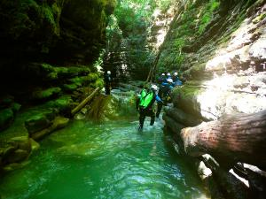 Barranco-Furco-Barranquismo-en-Sobrarbe-Ordesa-Bujaruelo-Aínsa-Canyoning-Guías-de-Barrancos-Canyon-Guides-15