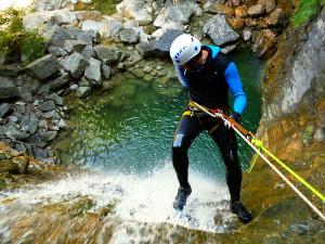 Barranco-Furco-Barranquismo-en-Sobrarbe-Ordesa-Bujaruelo-Aínsa-Canyoning-Guías-de-Barrancos-Canyon-Guides-22