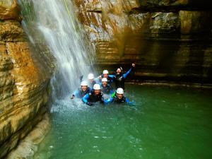Barranco-Furco-Barranquismo-en-Sobrarbe-Ordesa-Bujaruelo-Aínsa-Canyoning-Guías-de-Barrancos-Canyon-Guides-23