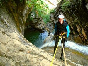 Barranco-Furco-Barranquismo-en-Sobrarbe-Ordesa-Bujaruelo-Aínsa-Canyoning-Guías-de-Barrancos-Canyon-Guides-24