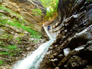 Barranco-Furco-Barranquismo-en-Sobrarbe-Ordesa-Bujaruelo-Aínsa-Canyoning-Guías-de-Barrancos-Canyon-Guides-4