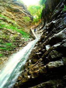 Barranco-Furco-Barranquismo-en-Sobrarbe-Ordesa-Bujaruelo-Aínsa-Canyoning-Guías-de-Barrancos-Canyon-Guides-5