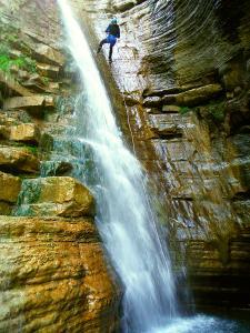Barranco-Furco-Barranquismo-en-Sobrarbe-Ordesa-Bujaruelo-Aínsa-Canyoning-Guías-de-Barrancos-Canyon-Guides-6