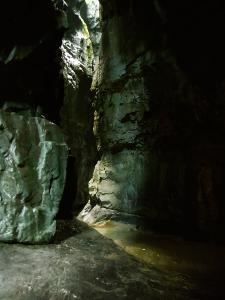 Garganta-GLOCES-Barranquismo-en-Sobrarbe-Ordesa-Bujaruelo-Aínsa-Canyoning-Guías-de-Barrancos-Canyon-Guides-14