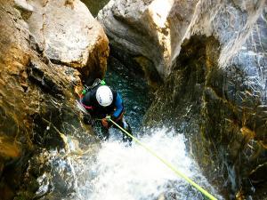 Barranco-Lapazosa-Barranquismo-en-Sobrarbe-Ordesa-Bujaruelo-Aínsa-Canyoning-Guías-de-Barrancos-Canyon-Guides-27