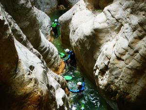 Descenso-barranco-Mascun-Superior-Barranquismo-Sierra-de-Guara-Guías-de-Barrancos-Canyoning-Canyon-Guides-Mendi-eta-arroila-gidariak-Arroila-jeitsiera-38