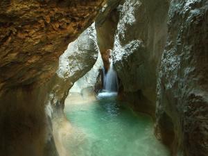 Descenso-barranco-Mascun-Superior-Barranquismo-Sierra-de-Guara-Guías-de-Barrancos-Canyoning-Canyon-Guides-Mendi-eta-arroila-gidariak-Arroila-jeitsiera-57
