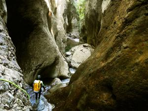 Barranco-Olhadubie-Barranquismo-Descenso-de-cañones-Canyoning-Iparralde-Kakueta-Holtzarte-Navarra-Guías-de-Barrancos-Canyon-Guides-20