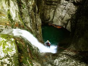 Barranco-Olhadubie-Barranquismo-Descenso-de-cañones-Canyoning-Iparralde-Kakueta-Holtzarte-Navarra-Guías-de-Barrancos-Canyon-Guides-22