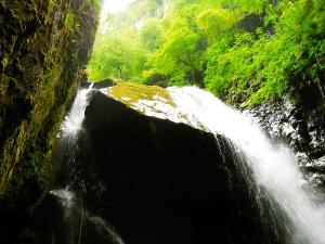 Barranco-Olhadubie-Barranquismo-Descenso-de-cañones-Canyoning-Iparralde-Kakueta-Holtzarte-Navarra-Guías-de-Barrancos-Canyon-Guides-37