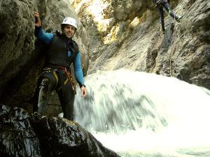 Garganta-Ordiso-Barranquismo-en-Sobrarbe-Ordesa-Bujaruelo-Aínsa-Canyoning-Guías-de-Barrancos-Canyon-Guides-2