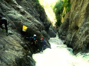 Garganta-Ordiso-Barranquismo-en-Sobrarbe-Ordesa-Bujaruelo-Aínsa-Canyoning-Guías-de-Barrancos-Canyon-Guides-3