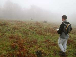 orientación-en-Urkiola-Turismo-activo-euskadi-Lurra-Adventure-Orientación-interpretatiava-20