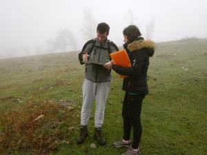 orientación-en-Urkiola-Turismo-activo-euskadi-Lurra-Adventure-Orientación-interpretatiava-22