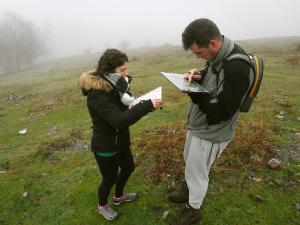 orientación-en-Urkiola-Turismo-activo-euskadi-Lurra-Adventure-Orientación-interpretatiava-23