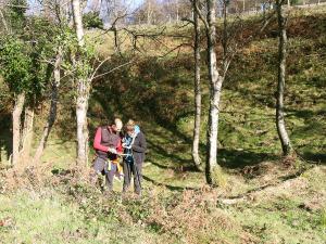 orientación-en-Urkiola-Turismo-activo-euskadi-Lurra-Adventure-Orientación-interpretatiava-8
