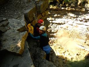 Os Lucas-Barranquismo-Valle-de-Tena-Valle-de-Ossau-Descenso-de-cañones-barranquismo-valle-de-hecho-guías-de-montaña-y-barrancos-Mountain-and-canyon-guides-canyoning-Lurra-adventure-1