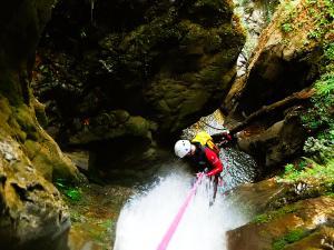 Barranco-Oudaybi-Barranquismo-Descenso-de-cañones-Canyoning-Iparralde-Kakueta-Holtzarte-Navarra-Guías-de-Barrancos-Canyon-Guides-5