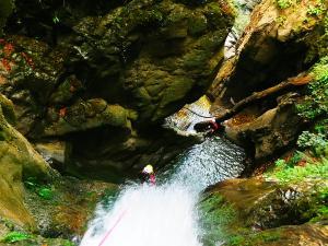 Barranco-Oudaybi-Barranquismo-Descenso-de-cañones-Canyoning-Iparralde-Kakueta-Holtzarte-Navarra-Guías-de-Barrancos-Canyon-Guides-6