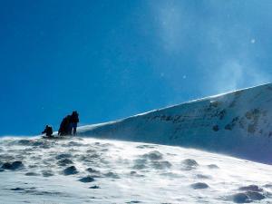 Raquetas-de-nieve-n-Belagua-Raquetas-de-nieve-en-Navarra-Elur-erraketak-Belagoan-Elur-erraketak-Nafarroan-Snowshoeing-in-Belagua-Snowshoeing-in-Navarra-Guías-de-montaña-Mendi-gidariak-17