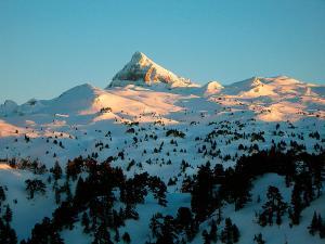 Raquetas-de-nieve-n-Belagua-Raquetas-de-nieve-en-Navarra-Elur-erraketak-Belagoan-Elur-erraketak-Nafarroan-Snowshoeing-in-Belagua-Snowshoeing-in-Navarra-Guías-de-montaña-Mendi-gidariak-3