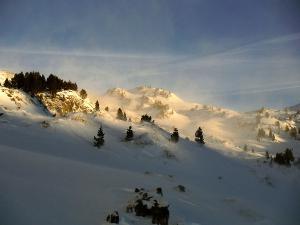Raquetas-de-nieve-n-Belagua-Raquetas-de-nieve-en-Navarra-Elur-erraketak-Belagoan-Elur-erraketak-Nafarroan-Snowshoeing-in-Belagua-Snowshoeing-in-Navarra-Guías-de-montaña-Mendi-gidariak-5