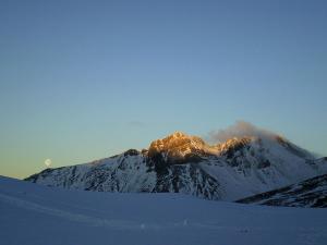 Raquetas-de-nieve-n-Belagua-Raquetas-de-nieve-en-Navarra-Elur-erraketak-Belagoan-Elur-erraketak-Nafarroan-Snowshoeing-in-Belagua-Snowshoeing-in-Navarra-Guías-de-montaña-Mendi-gidariak-7