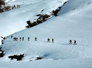Raquetas-de-nieve-n-Belagua-Raquetas-de-nieve-en-Navarra-Elur-erraketak-Belagoan-Elur-erraketak-Nafarroan-Snowshoeing-in-Belagua-Snowshoeing-in-Navarra-Guías-de-montaña-Mendi-gidariak-9