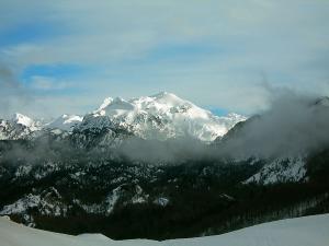 Raquetas-de-nieve-n-Belagua-Raquetas de nieve en Navarra-Elur erraketak Belagoan-Elur erraketak Nafarroan-Snowshoeing in Belagua-Snowshoeing in Navarra-Guías de montaña-Mendi gidariak-1