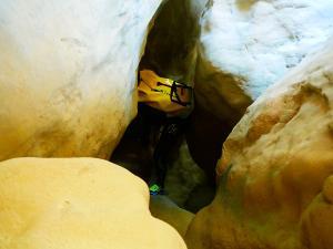 Descenso-barranco-Vero-Barranquismo-Sierra-de-Guara-Guías-de-Barrancos-Canyoning-Canyon-Guides-Mendi-eta-arroila-gidariak-Arroila-jeitsiera-24